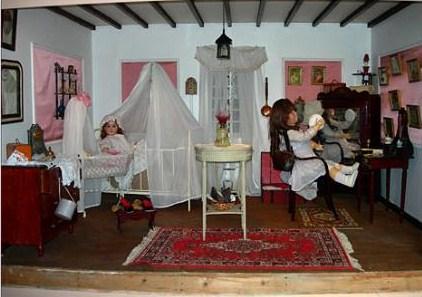St Rémy maison de poupée